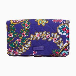 New-Iconic All Together Crossbody-Romantic Paisley
